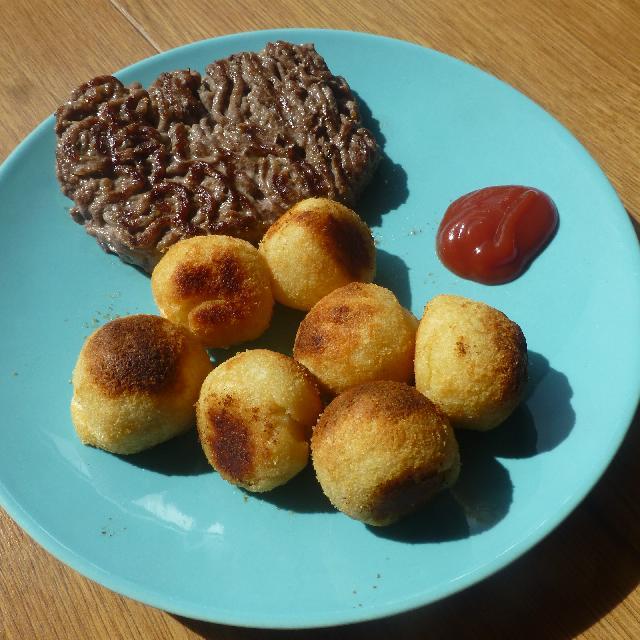 Steak Hache Et Pommes Dauphines Au Four